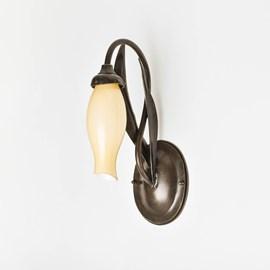 Wandlamp Jugendstil van Metaal met een kelk van glas
