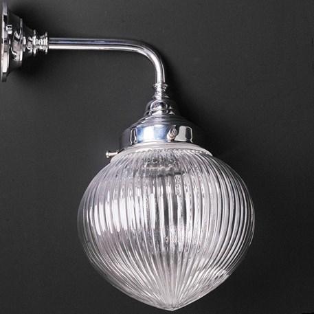 Badkamer wandlamp met industrieglas in druppelvorm