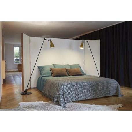 Sfeerimpressie Vloerlamp La Lampe Gras No. 230