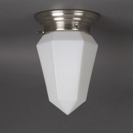 Plafonniere Briljant in gematteerd wit glas met afgerond matnikkel armatuur